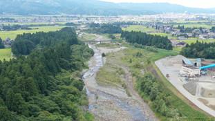 登川下流床固工群No.59+60帯工工事の現場ホームページを開設しました。