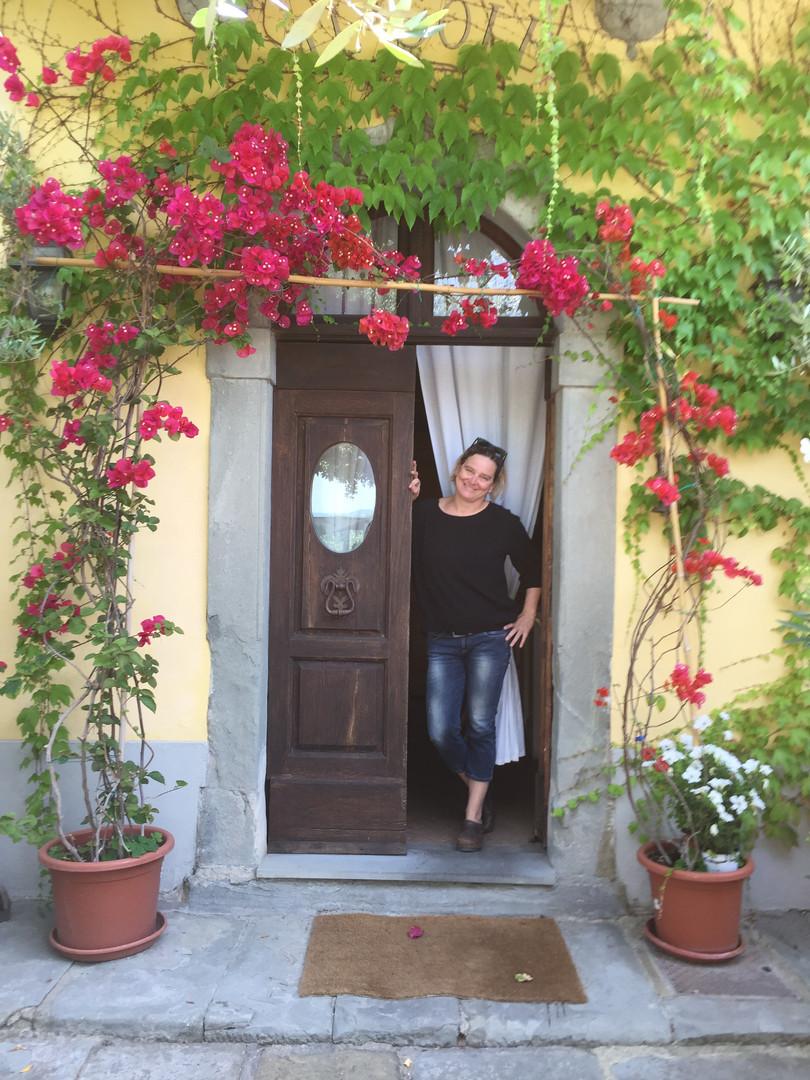 claudia at the door