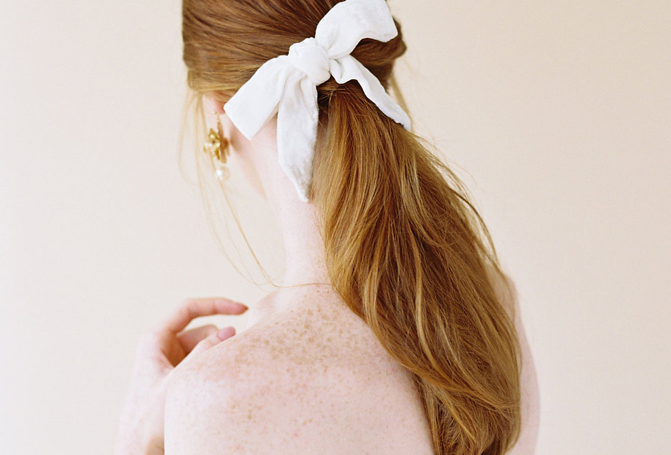 *NEW Cosima Bow Comb