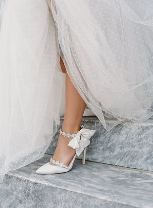 Olivia - Light Ivory - Luxe Silk Heel with Silk Bow Strap (Wholesale)