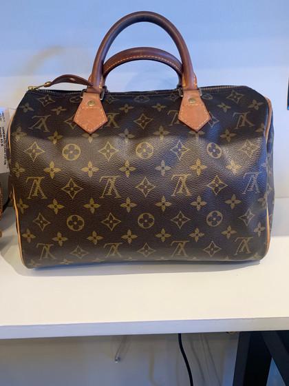 SOLD Louis Vuitton Speedy