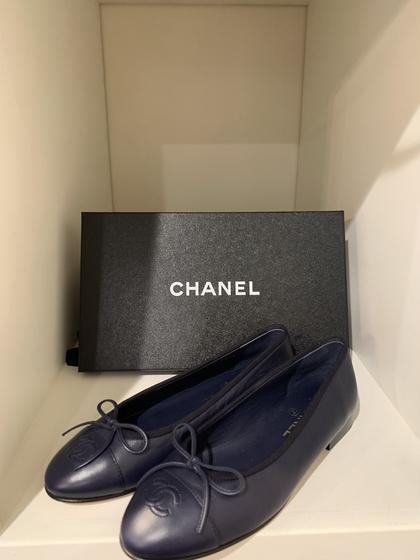 Chanel Navy Flats