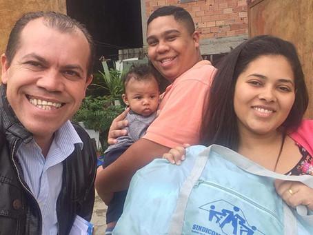 CAMPANHA DE SINDICALIZAÇÃO 2019: Sindicato entrega mais um Kit Maternidade na UBS Vargem Grande