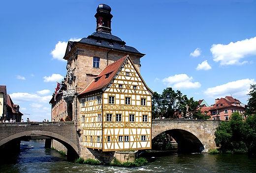 fachwerkhaus-941482_640.jpg