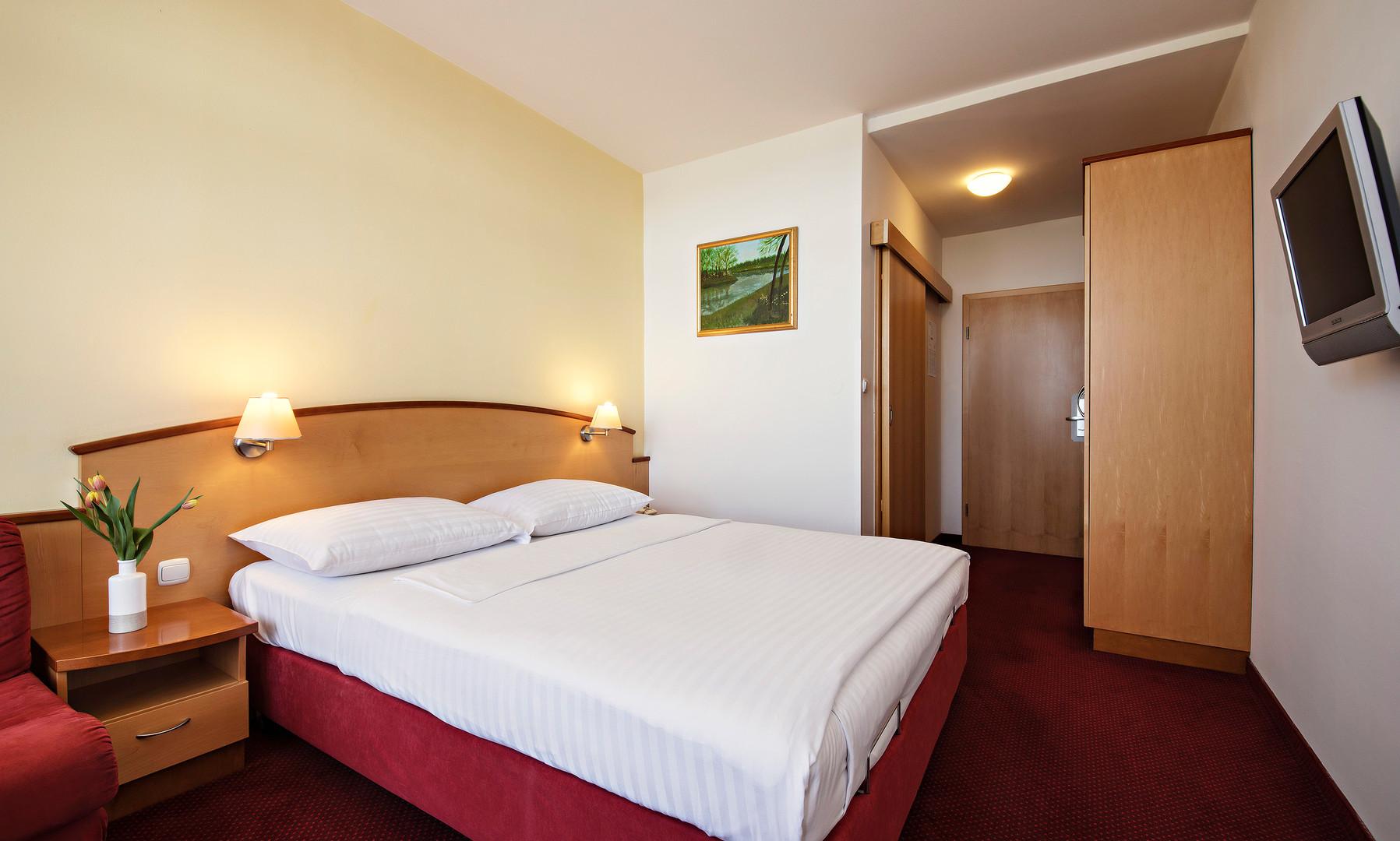 HotelLipa_doubleroom_02_052017_DD.jpg