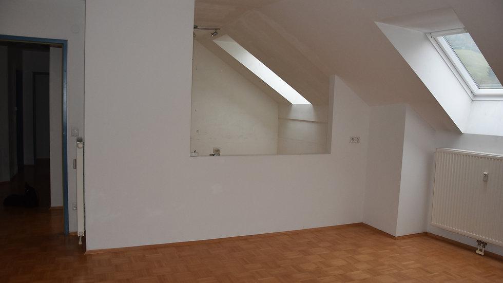 Schöne zentral gelegene Drei-Zimmer-Wohnung, 9135 Bad Eisenkappel