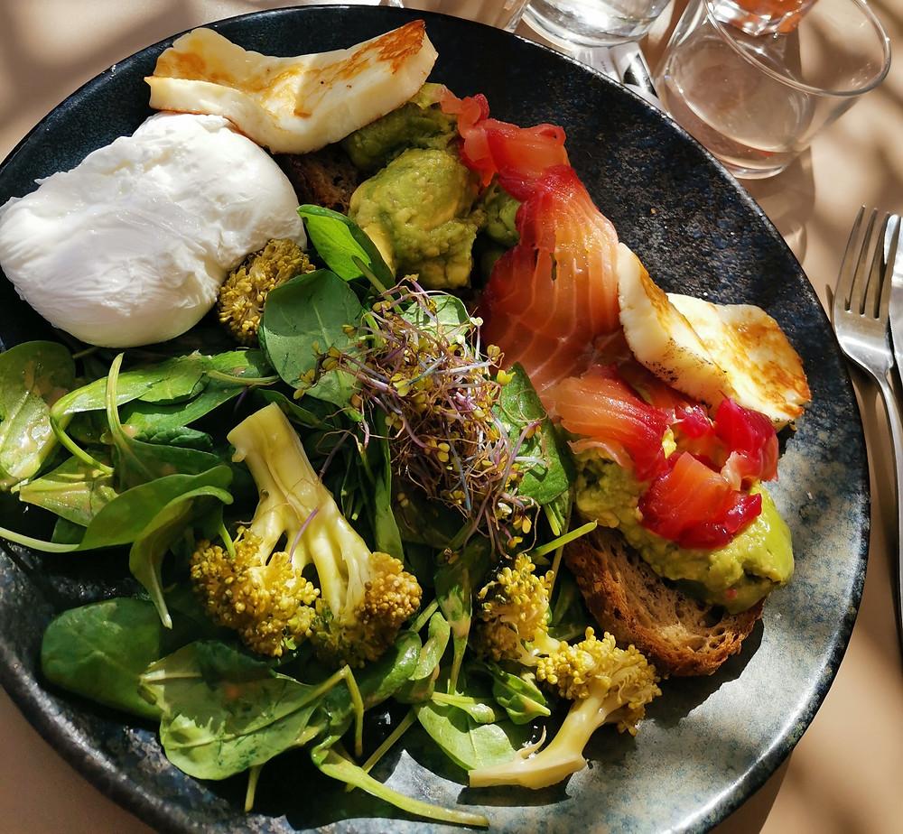 Loïs Clément-Tacher brunch équilibré petit-déjeuner seaside café anglet Biarritz nutrition