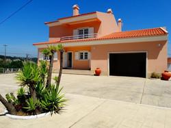 Maison 5 Pièces - 270 000 €