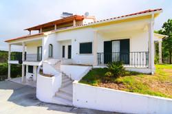 Maison 7 Pièces - 200 000 €