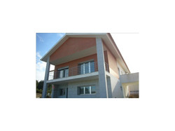 Villa 5 Pièces - 212 000 €