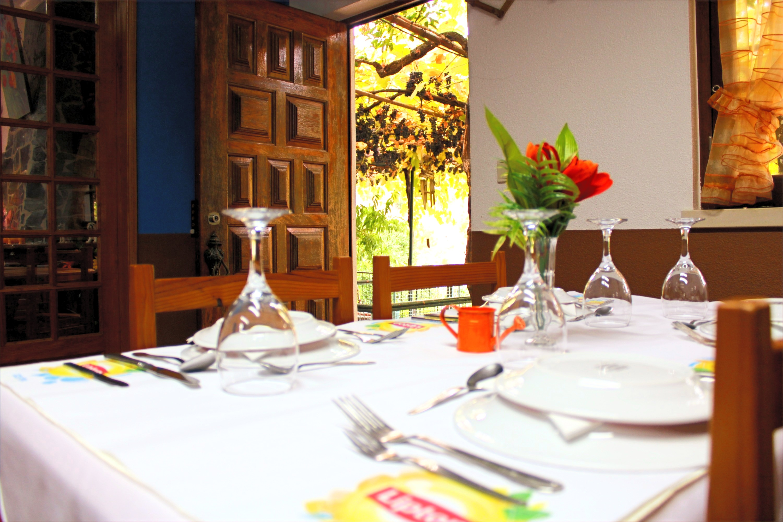 Restaurant 160 couverts, vue lac