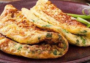 Omelete de Alho-poró - Na Cozinha com Vitória Tembe
