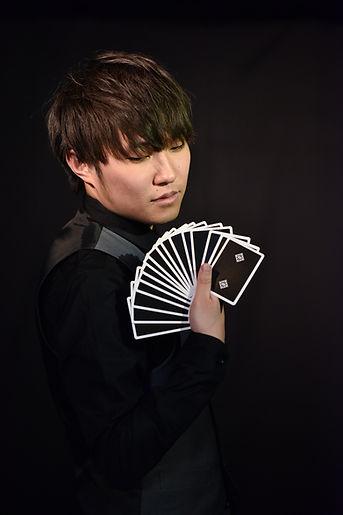MagicianTaisay.JPG