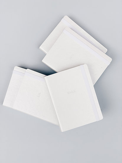INITIALS WHITE Planner Semanal