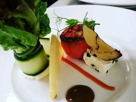 Greens Salad Display