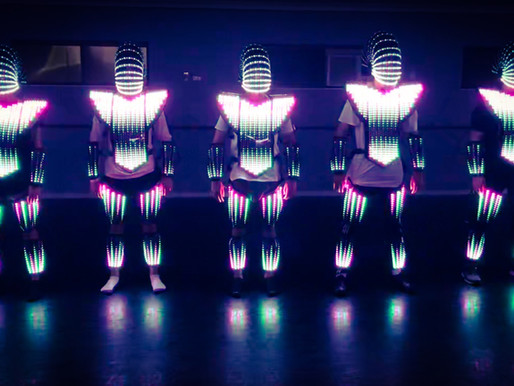 Let's dance.... Phlycrew got their first test of the led costumes.