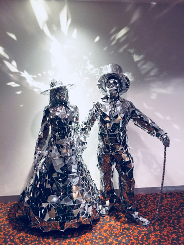 Mirror Man And Lady