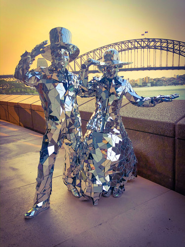 Mirror Man And Lady act