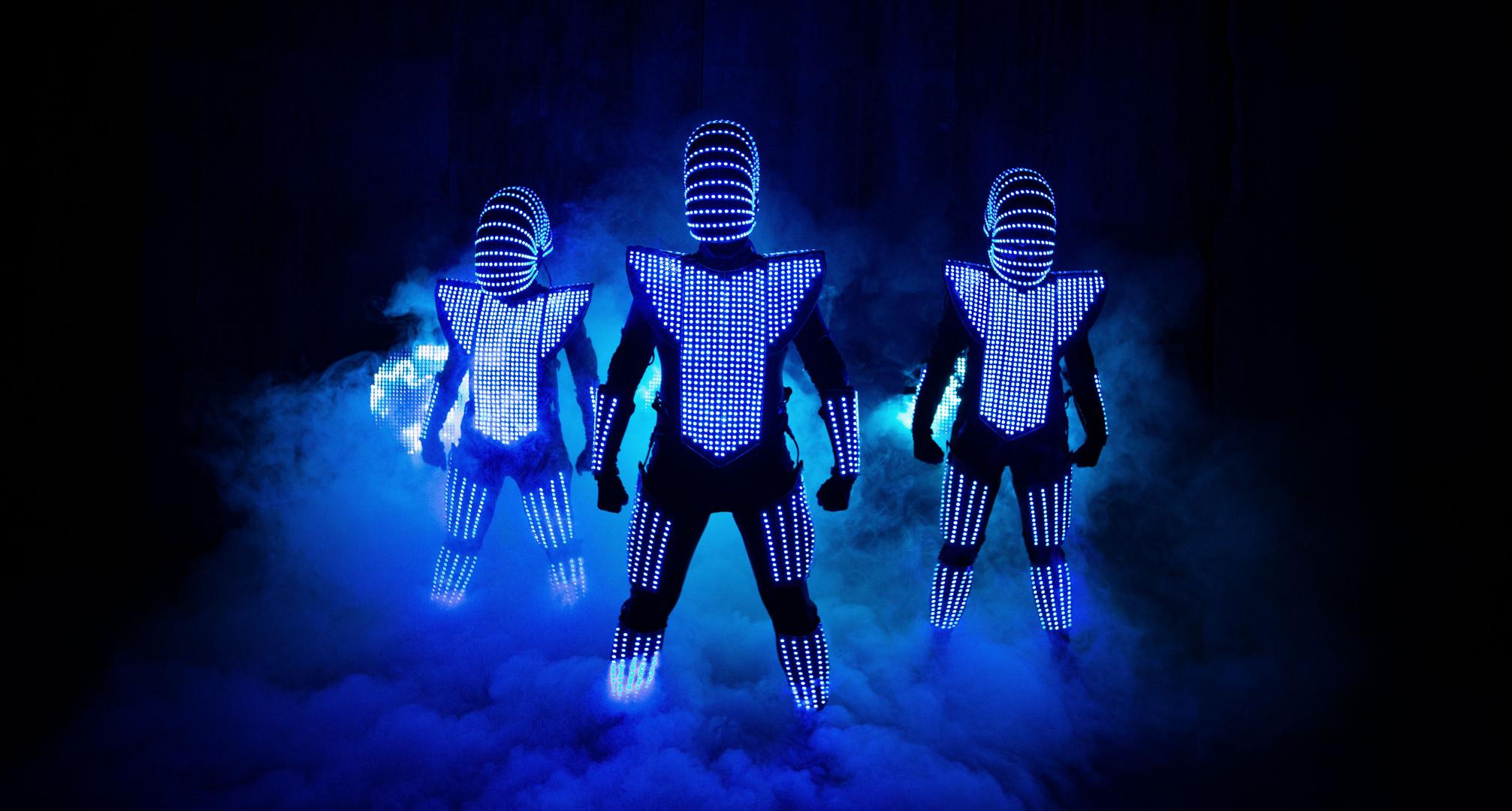 LED Aliens walking though