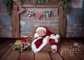 Caleb Newborn-1.jpg