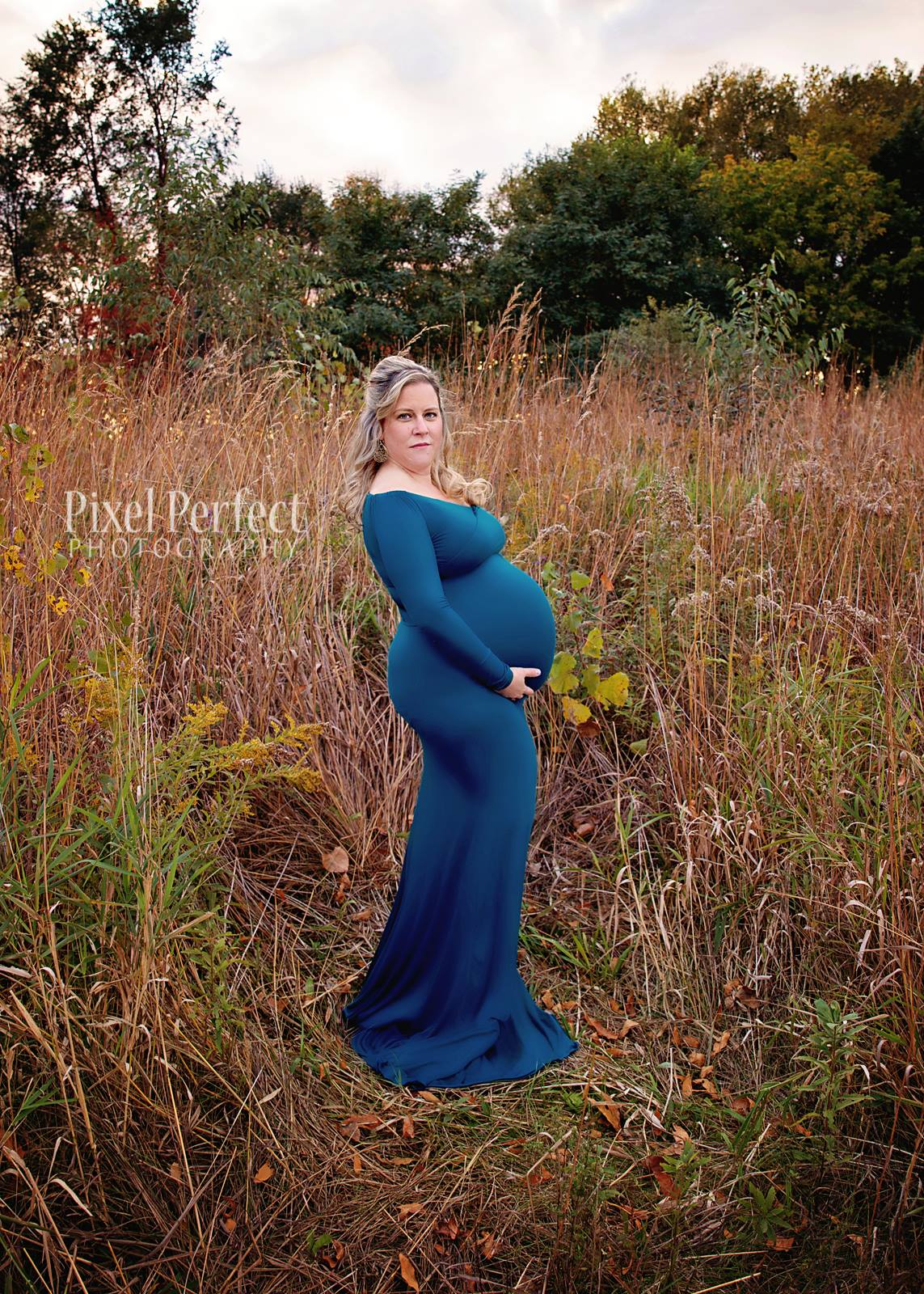 Fall Maternity photo at High Cliff