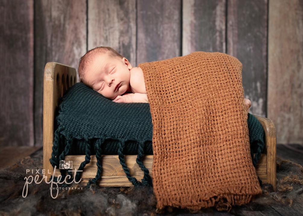 Bavry Newborn-24.jpg