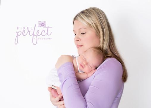 Jocee Newborn-4.jpg