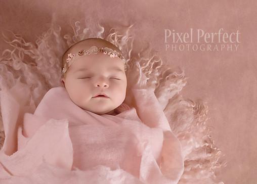 Pytleski Newborn-14.jpg