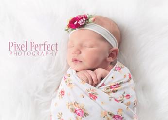 Rylee Newborn-21.jpg