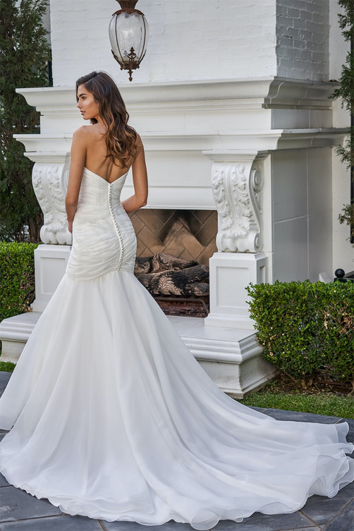 bridal-dresses-F221053-B.jpg