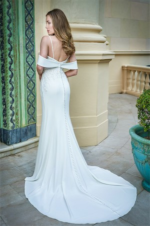 bridal-dresses-T222054-B_xs.jpg