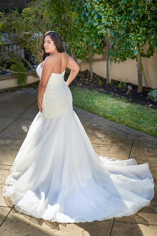 bridal-dresses-F221053N-B.jpg