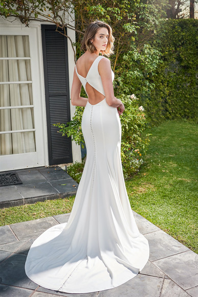 bridal-dresses-F221055U-B.jpg