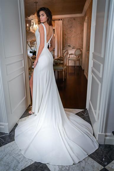 bridal-dresses-F221051-B.jpg