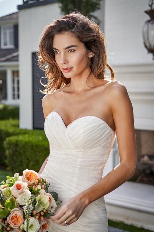 bridal-dresses-F221053-1.jpg