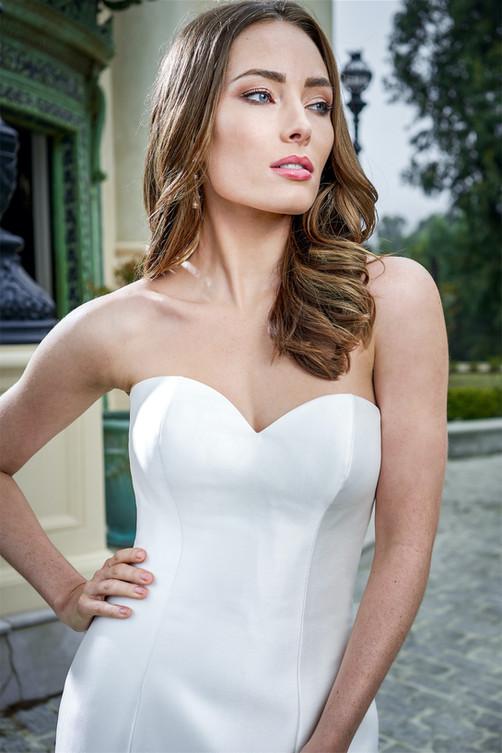 bridal-dresses-F221054-1.jpg