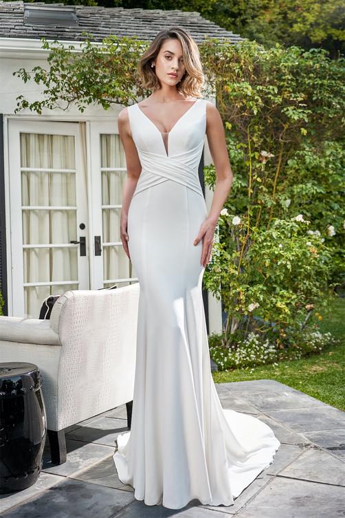 bridal-dresses-F221055U-F.jpg