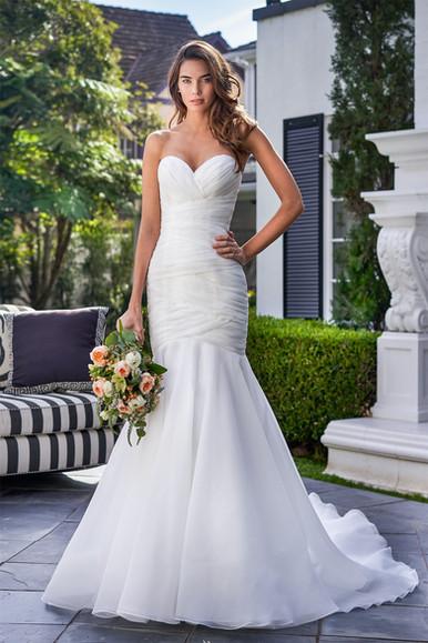bridal-dresses-F221053-F.jpg