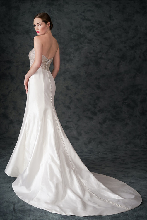 bridal-dresses-A229051-B.jpg
