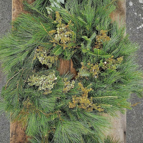 "20"" Just The Greens Wreath"