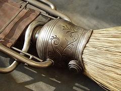 broom detail moody 001.jpg