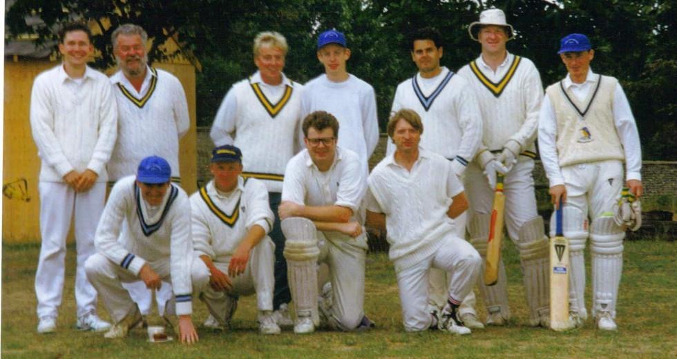 Team Photo 1996.jpg
