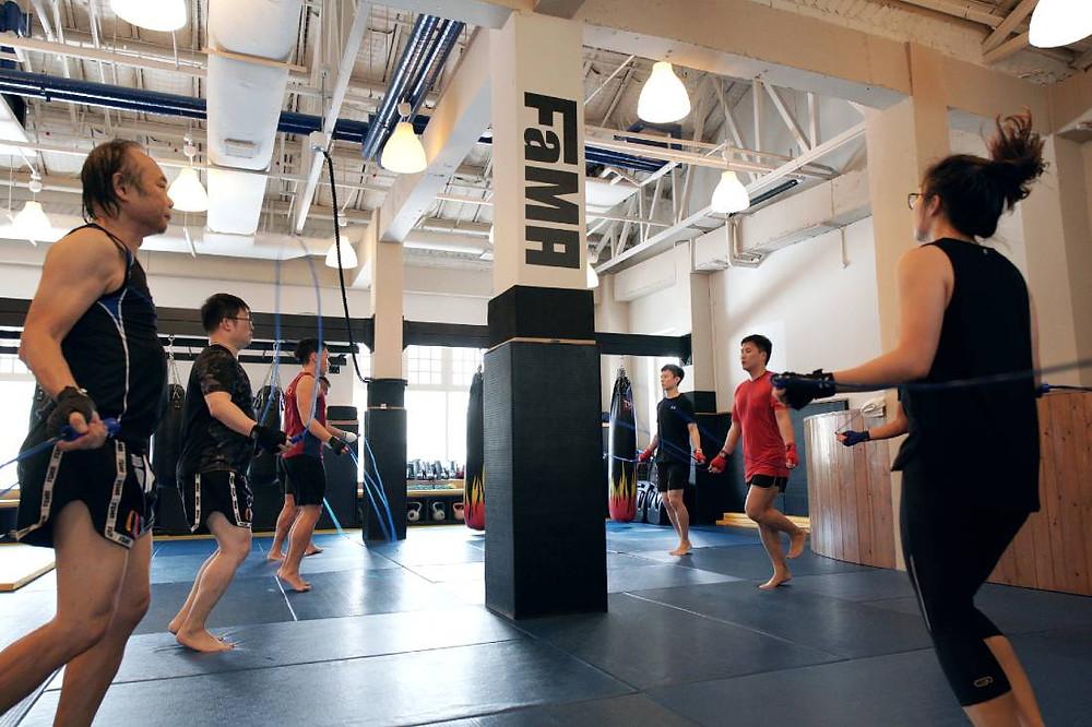 fama singapore muay thai class skipping