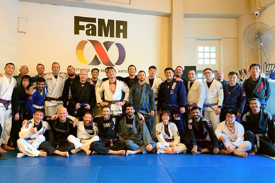 fama singapore brazilian jiu jitsu bjj assistant instructor ronny and the weekday morning crew group picture