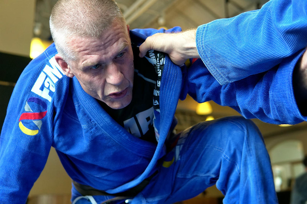 fama singapore bjj brazilian jiu jitsu grappling assistant instructor tomas genberg