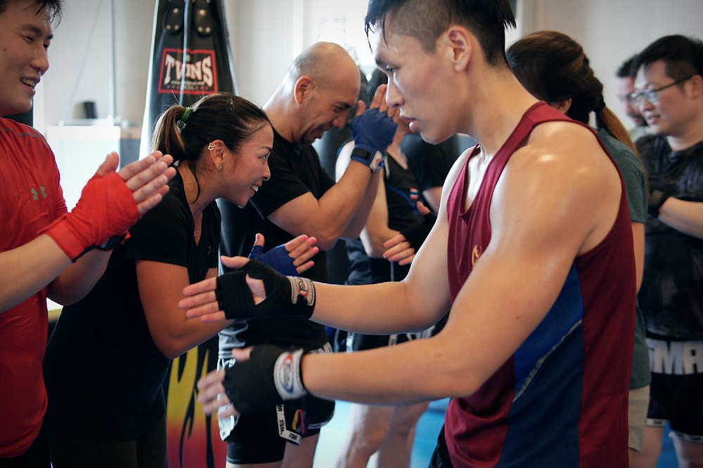 fama singapore muay thai class bowing and shaking hands