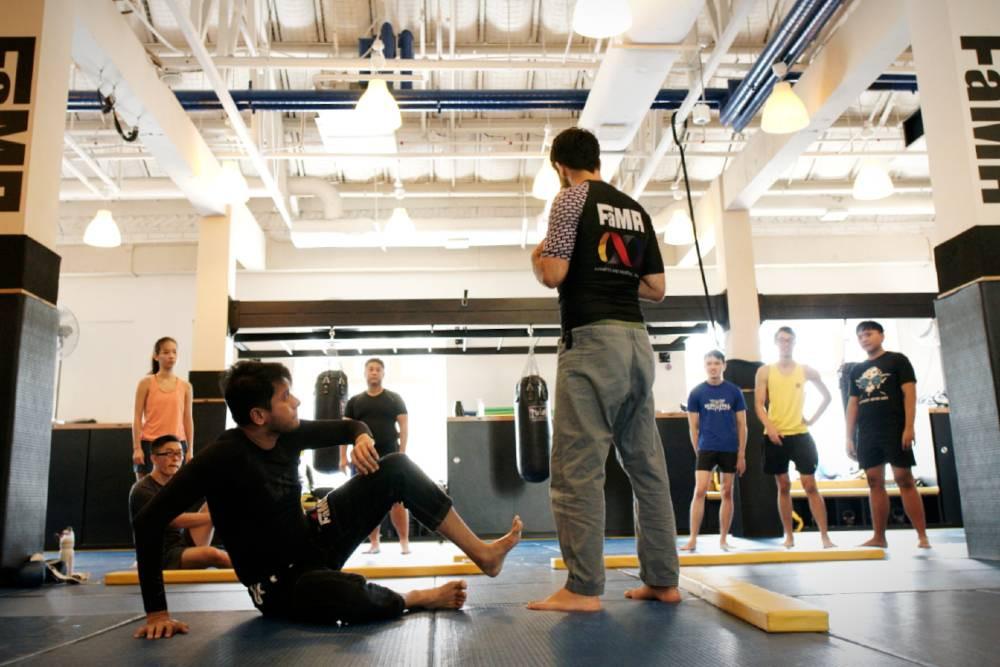 fama singapore bjj brazilian jiu jitsu self defence with professor thiago gaspary