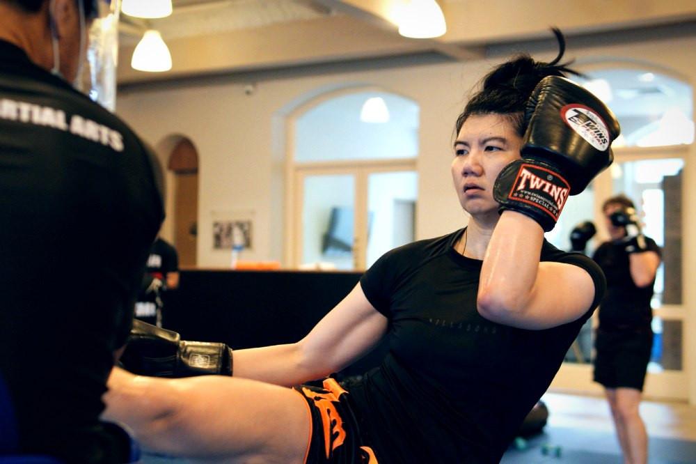 fama singapore muay thai ladies fitness exersize