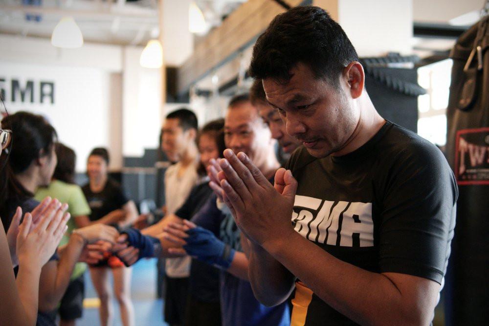 fama singapore muay thai boxing kru yo lamnammoon
