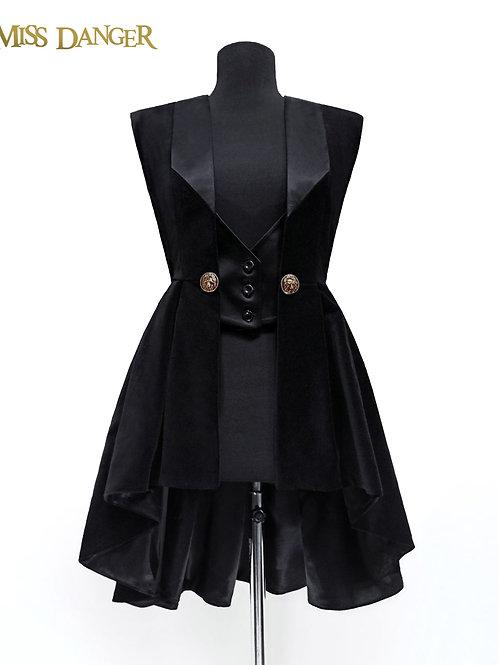 """Lionheart"" Vest - black velvet (payment plan)"